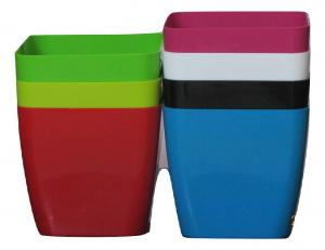 Plastic pot Square Multi color 17*17 CM (7pots)